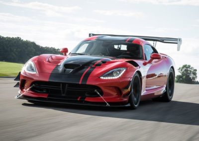 dodge-viper-acr-at-lightning-lap-2016-feature-car-and-driver-photo-670721-s-original